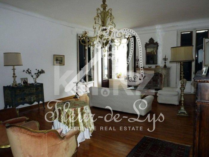 Commercial property in Venice