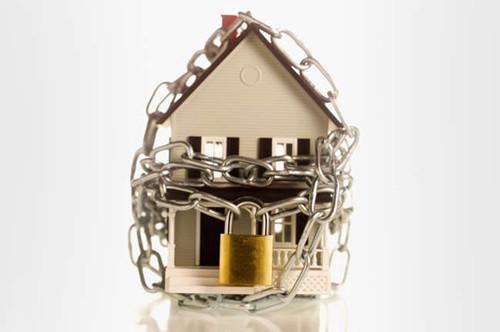 Можно ли взять кредит под залог квартиры: в каких случаях банки откажут{q}