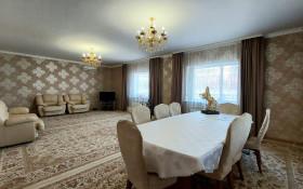 Продажа 7-комнатного дома, 242 м, Ульяны Громовой