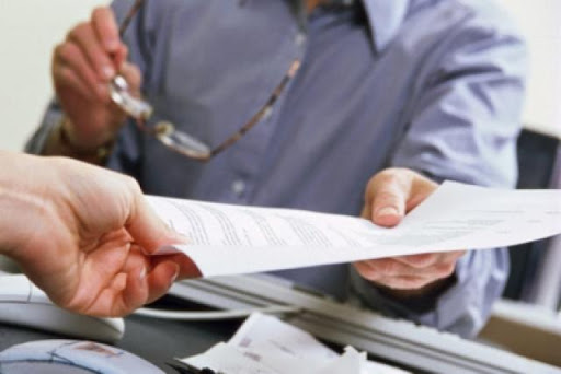 В первую очередь нужно ознакомиться со справкой о зарегистрированных правах